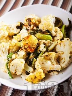Вегетарианска запеканка от карфиол и мляко с пет вида сирена (ементал, фета, мимолет, чедър, синьо) - снимка на рецептата